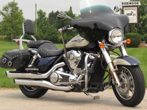 2009 Kawasaki Vulcan 1700 Classic  - Want a Gorgeous and Powerful Cruiser? Come out today!
