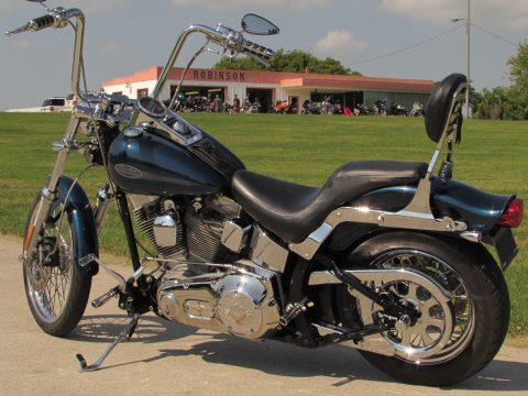2001 Harley-Davidson Softail FXST   - Super Low 30,200 KM - Tons of Chrome - We Take Trades!