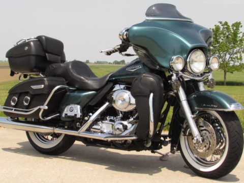 2000 Harley-Davidson Road King Classic FLHRC   - Full Fairing - Throaty Exhaust, ONLY $22 Week