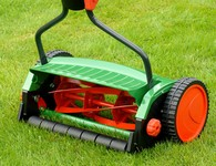 Robinsons Hardware and Rental offers reel mower sharpening service in Hudson and Framingham