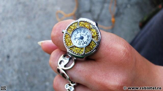 Inelul lui Spi-Oana (Oana Nicoleta), sub formă de ceas, foarte tare!