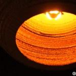 15. Un candelabru din carton la L'Atelier Cafe din Cluj - foarte frumos