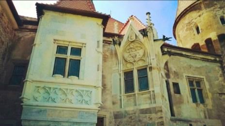 Renovare parțială a castelului de la Hunedoara. Cadrul, făcut de mine, zici că este dintr-un film american!