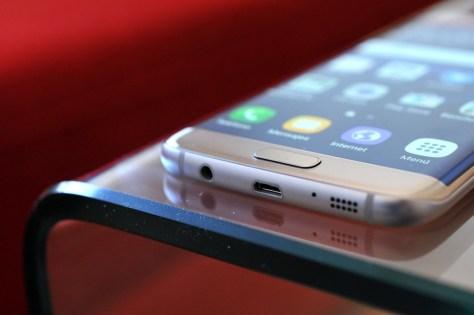 Samsung-Galaxy-S7-29