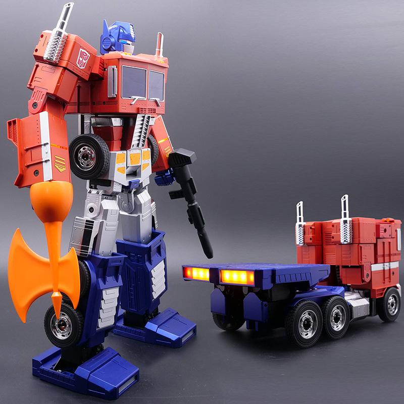auto-converting optimus prime_02