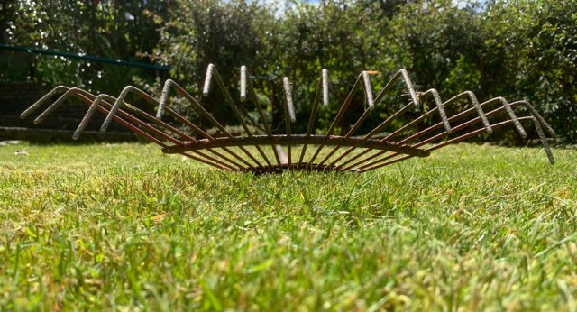Garden rake | My life's essentials | robzlog.co.uk | robertz
