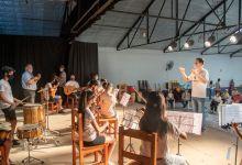 Se donaron instrumentos para la Orquesta Infanto-Juvenil de General Roca