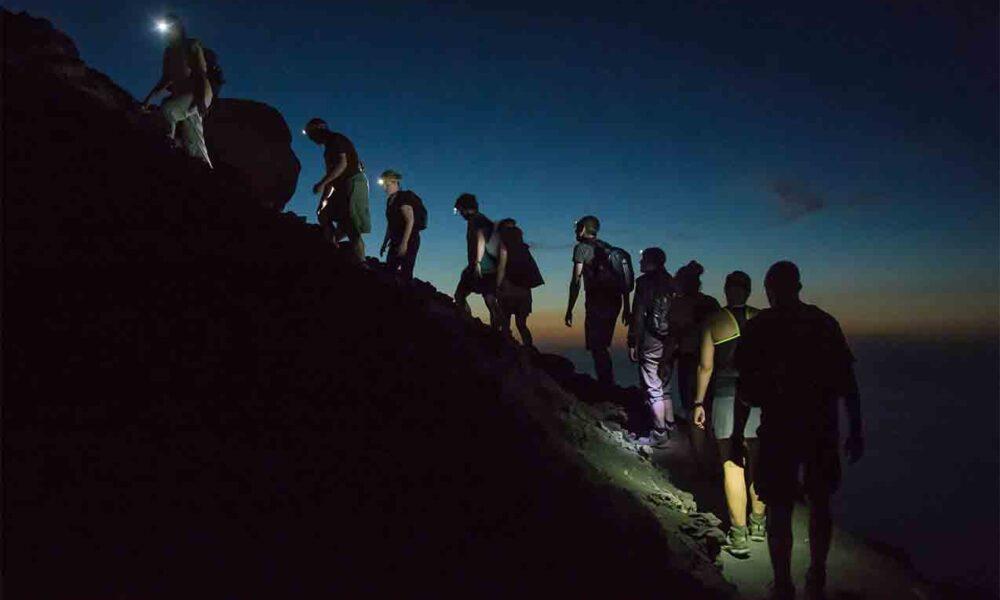 ROCA: Trekking nocturno bajo la luna llena en Paso Córdoba