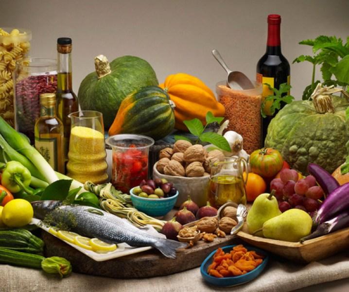 La dieta mediterránea y la salud. Importancia en la lucha contra el exceso de peso, el colesterol excesivo y la hipertensión