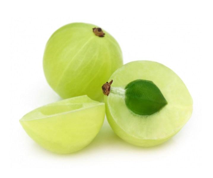 El amalaki, fruto del grosellero de la India, de cualidades medicinales extraordinarias. Importante contra el cáncer