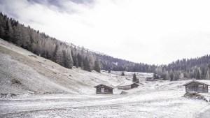 Photographie des montagnes autrichiennes sous la neige