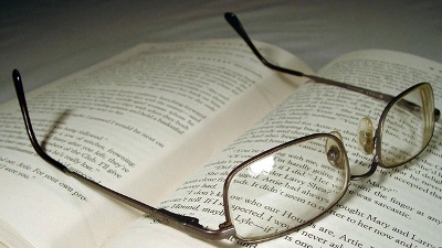 Glasses-on-book-jpg_20160304152255-159532
