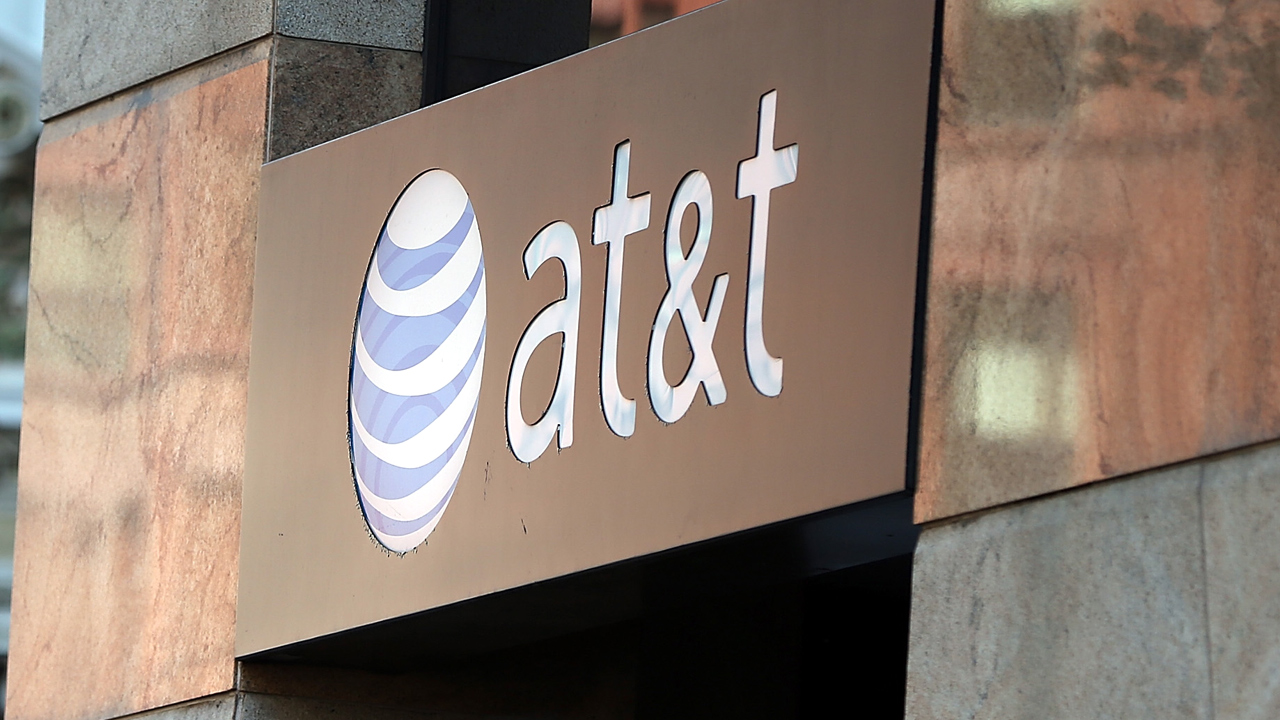 AT&T store sign-159532.jpg45882856