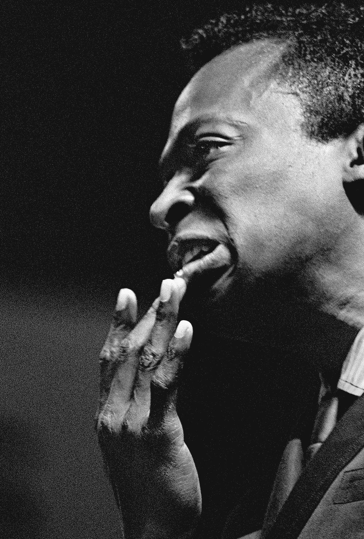Miles Davis (MD001FRAN)