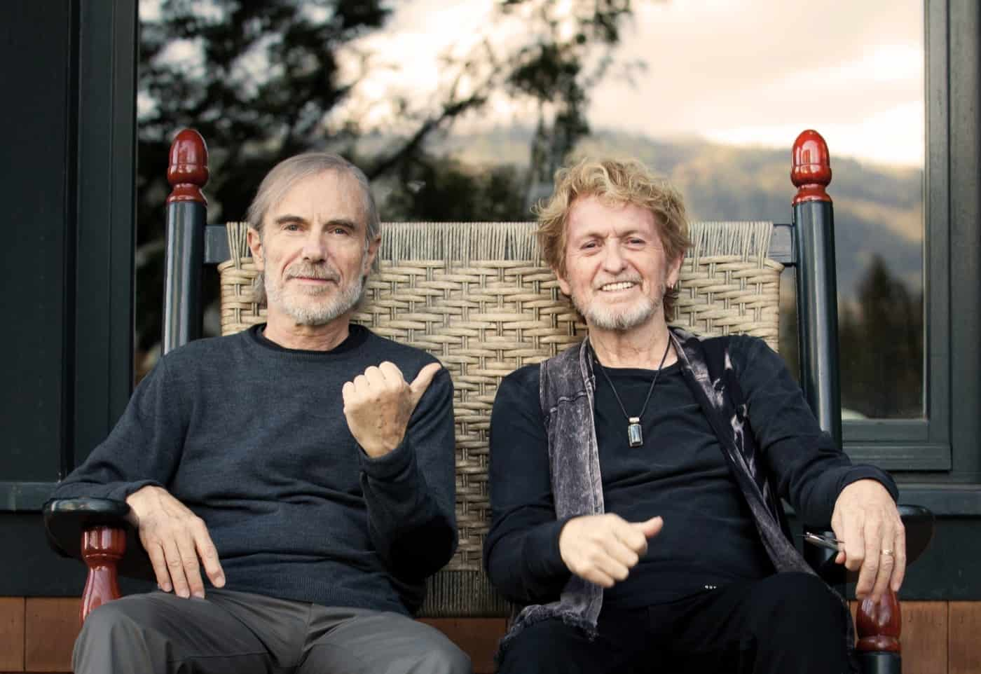 Jon Anderson and Jean Luc Ponty Cathy Miller photo cropped hi res
