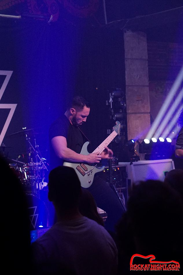 sm- 3180 Crowbar 12-18-2018 – Angel Vivaldi