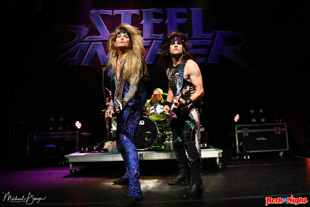 Steel Panther (2 of 14)