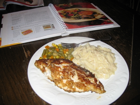 Final cooking product - ranch chicken with fettuccine alfredo