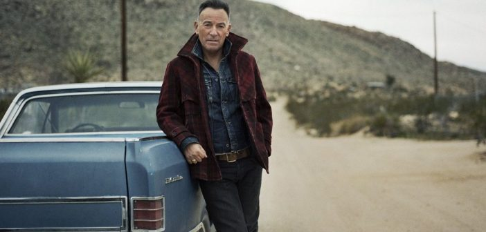 bruce springsteen (via Twitter.com/Springsteen)
