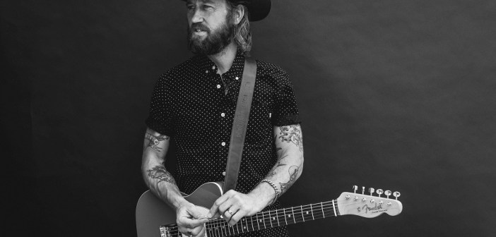 Chris Shiflett (Brantley Gutierrez)