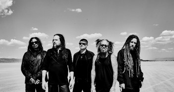 Korn (Photo: Jimmy Fontaine)