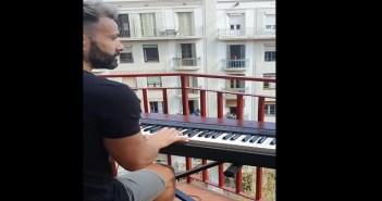 Barcelona My Heart will Go On Balcony Coronavirus