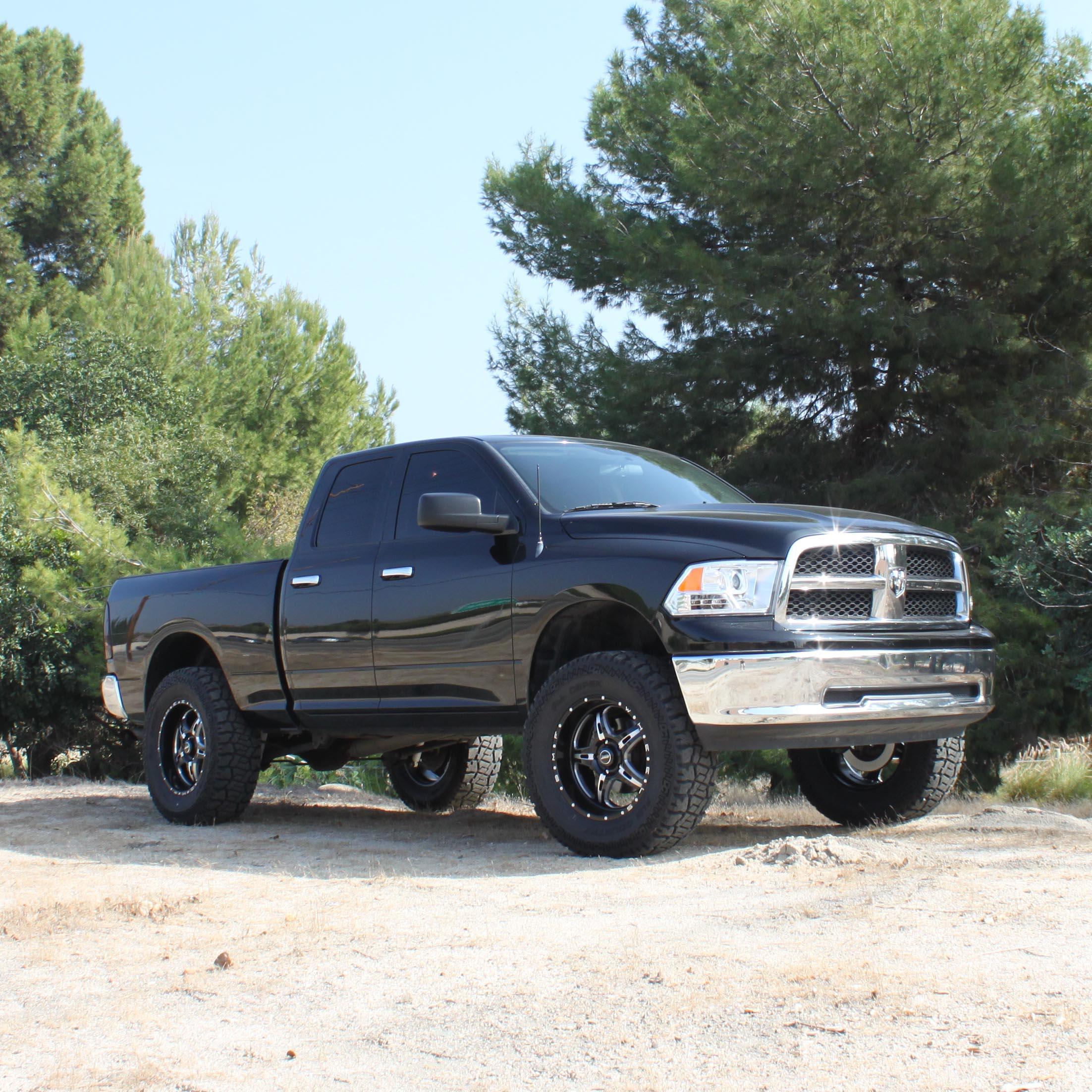 Lift Kits For Dodge Trucks: MaxTrac Releases Ram 1500 4.5-Inch, 7-Inch Lift Kits