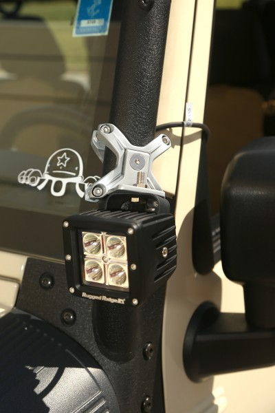 Rugged Ridge X-Clamps Installed on Jeep (High Res)