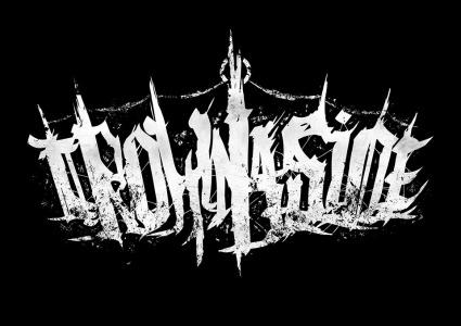 """Presentamos en exclusiva la portada y el tracklist de """"From Mud To Ashes"""", nuevo trabajo de Crownaside"""