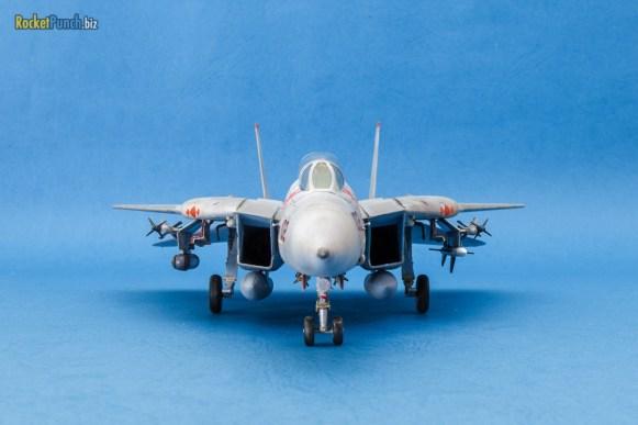 Hobbyboss 1/72 Grumman F-14B Tomcat 'VF-102 Diamondbacks'
