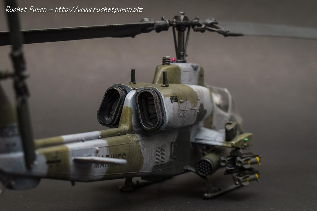 Tamiya 1/72 Bell AH-1W SuperCobra