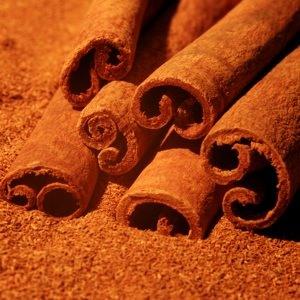 essential oil cinnamon bark