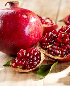 pomegranate oil 2