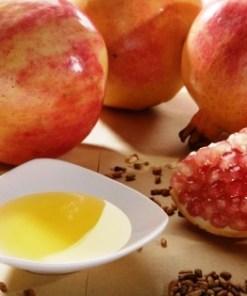 pomegranate oil 1