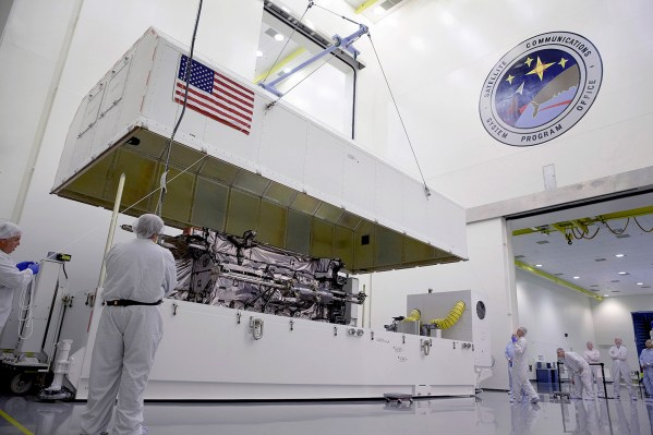 The functional GPS III satellite undergoes testing of pre-launch processes to reduce risk and gain efficiencies. The first GPS III flight satellite is expected to launch in 2015. Credit: Lockheed Martin
