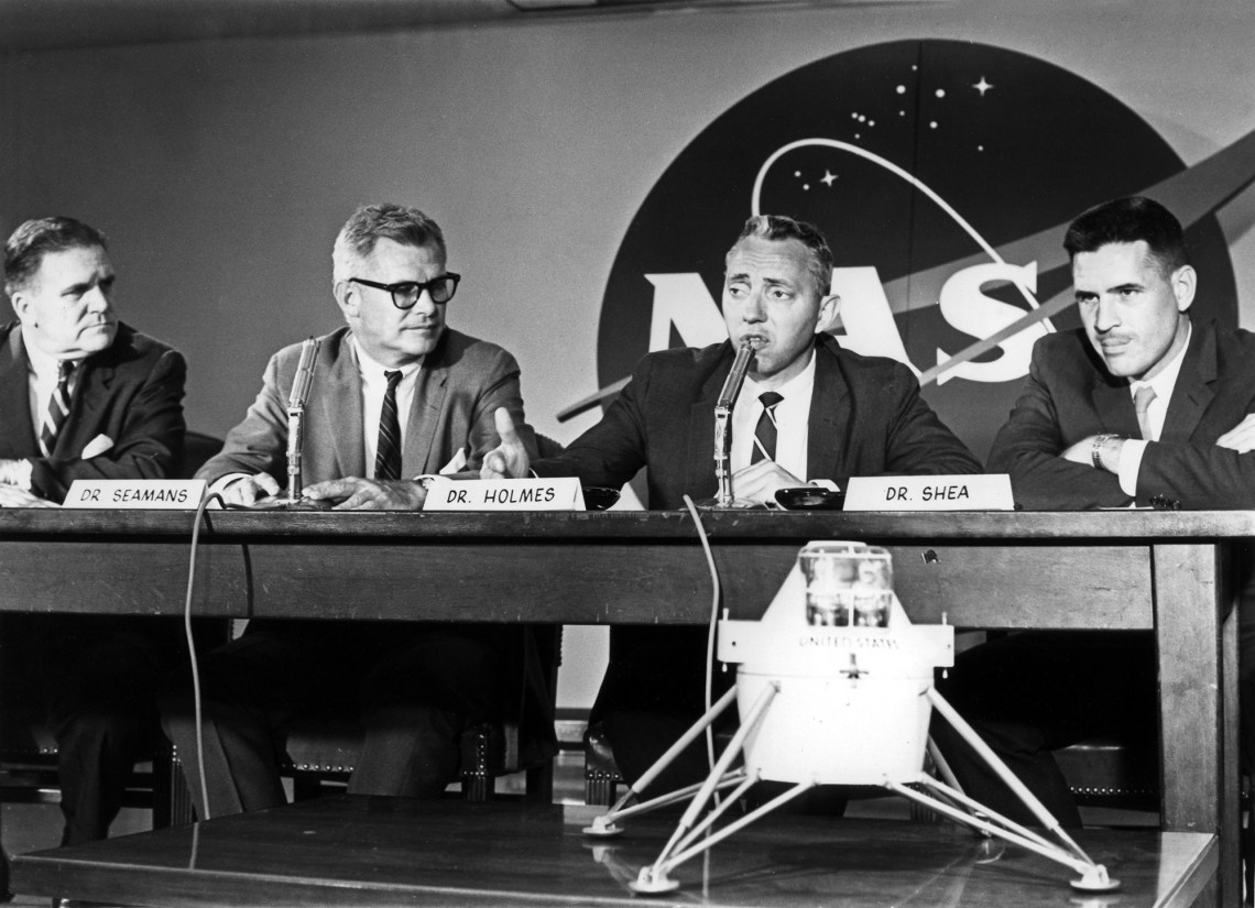 Joe Shea (far right) at a press conference in 1962 to announce to decision to go with the LOR concept. Credit: NASA via Retro Space Images