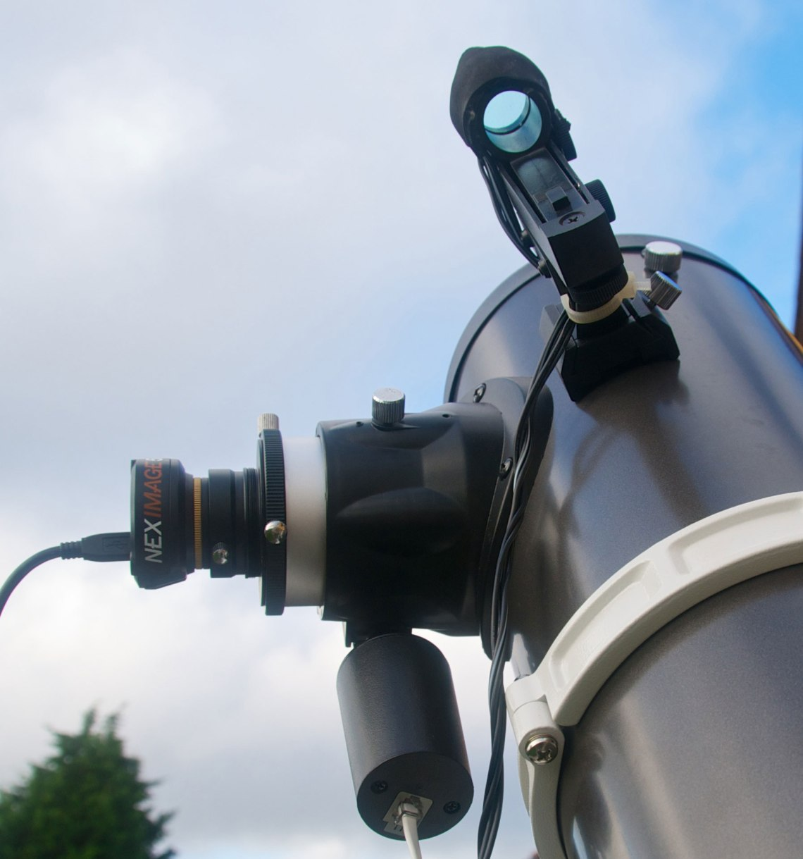 The QHY5L-II guide camera used as a webcam. Credit: Mike Barrett