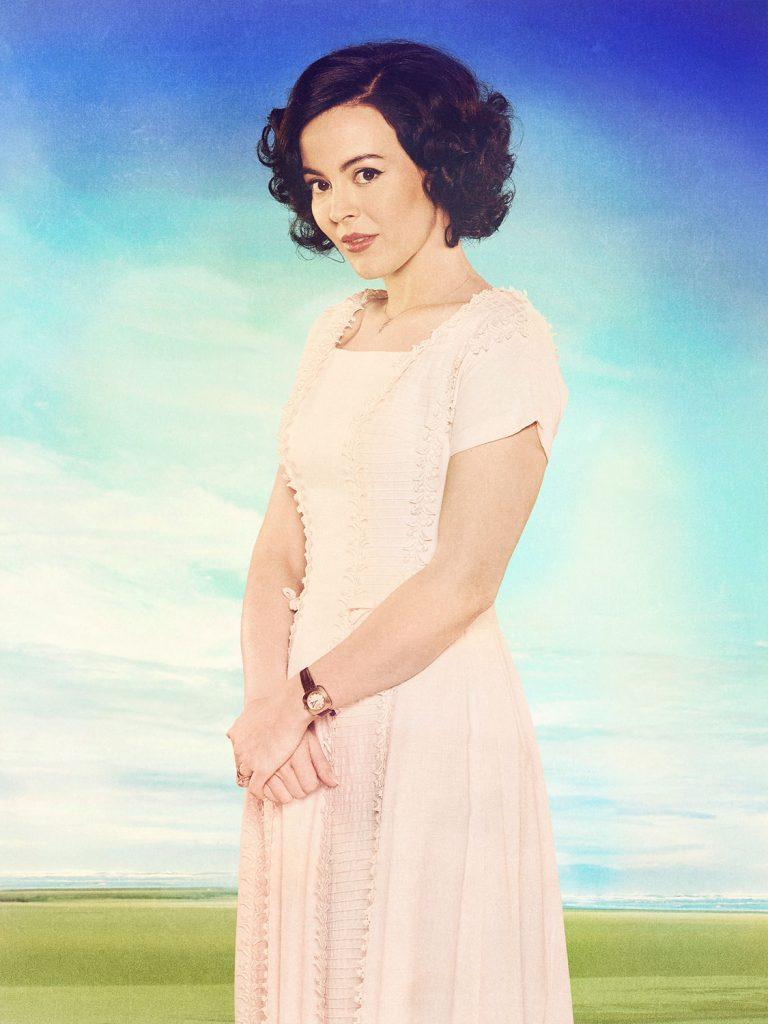 Azure Parsons as Annie Glenn. Credit: ABC/Bob D'Amico