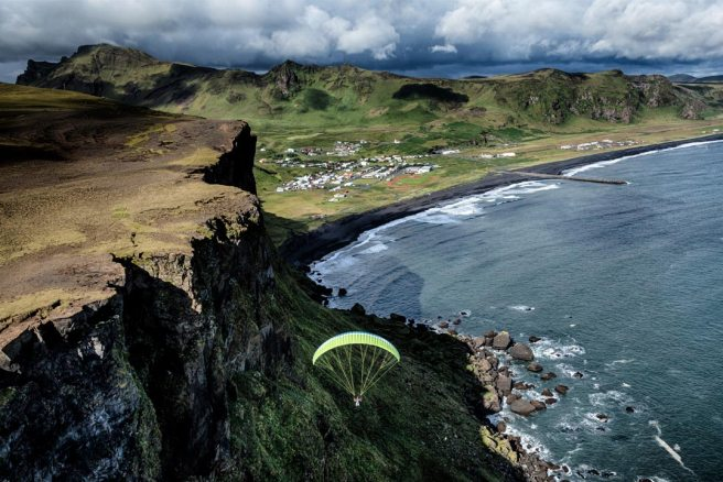 paragliding tour in south iceland