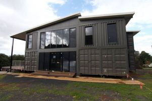 Best shipping container house design ideas 17