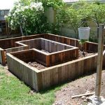 Amazing Creative Wood Pallet Garden Project 54