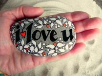 Creative diy painting rock for valentine decoration ideas 22
