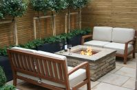Small courtyard garden with seating area design and layout 109