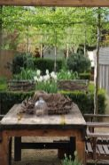 Small courtyard garden with seating area design and layout 81
