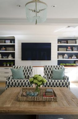 Brilliant Built In Shelves Ideas for Living Room 47