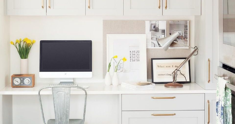 Built In Cabinet and Desk for Home Office