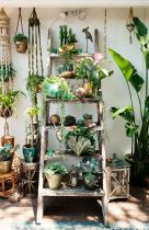 Cool Plant Stand Design Ideas for Indoor Houseplant 43