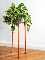 Cool Plant Stand Design Ideas for Indoor Houseplant 44