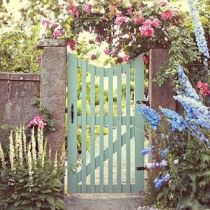Fascinating Garden Gates and Fence Design Ideas 46