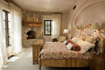 Lovely Romantic Bedroom Decorations for Couples 13